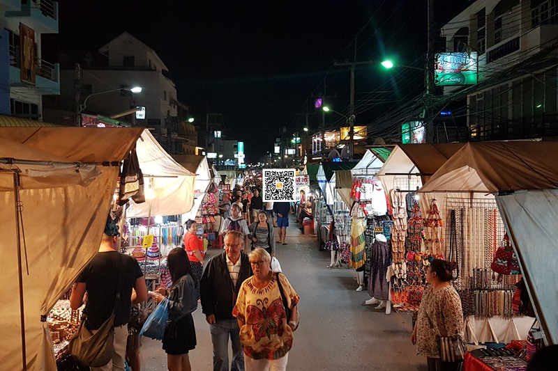 差财夜市-Chatchai Night Market (7)
